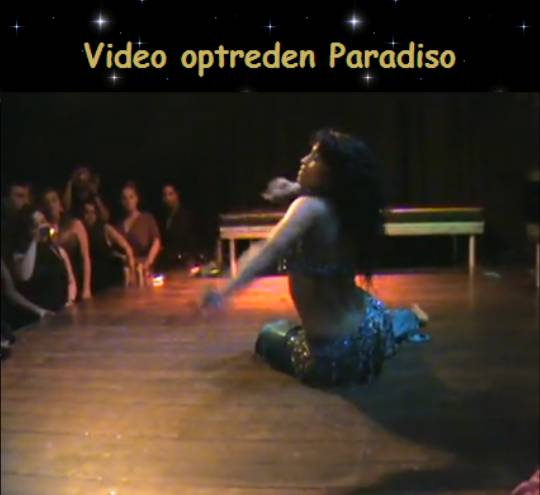 Buikdanseres Kaouther in Paradiso
